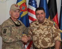Colonelul Iulian Berdila, impreuna cu Generalul-maiorul James Terry
