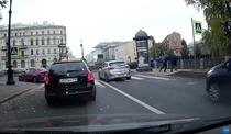 Furie la volan in Rusia: Un barbat a fost aruncat intr-un canal