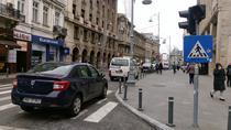 Masinile Politiei parcate neregulamentar pe Calea Victoriei