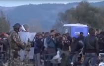 Macedonia filtreaza migrantii la frontiera