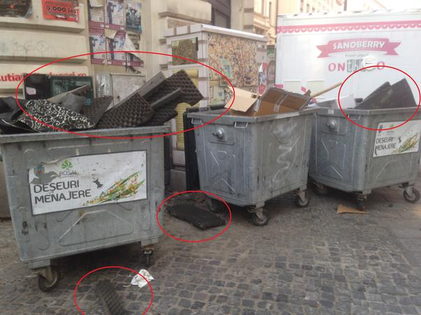 Burete fonoabsorbant inflamabil la gunoi