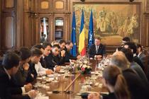 Klaus Iohannis la consultarile cu societatea civila
