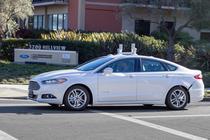 Ford Focus hibrid autonom