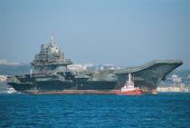 Portavionul Liaoning, inainte de a intra in reparatii in China