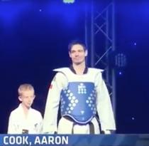 Britanicul Aaron Cook va lupta la Olimpiada pentru Moldova