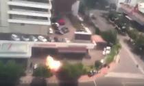 Momentul uneia dintre explozii in Jakarta