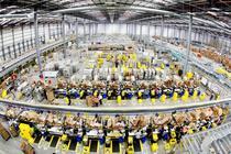 Un centru de distributie Amazon