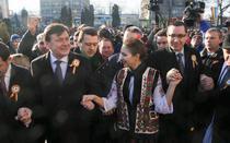Ponta si Antonescu la Ziua Unirii in 2012