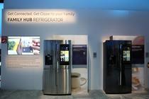Frigiderul Samsung Family Hub