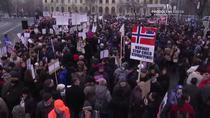 Manifestatie in favoarea familiei Bodnariou in Piata Victoriei