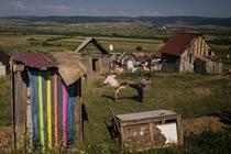 Dealul din Apata, unde traieste o comunitate inclusa in programul Fiecare Copil in Gradinita al OvidiuRo