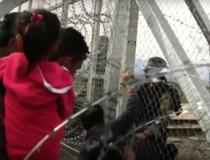 Migranti blocati la granita Greciei cu Macedonia