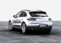 Porsche Macan cu motor de 2 litri
