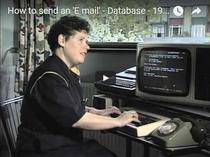 Cum se trimitea un email folosind sistemul Prestel in anii 1980
