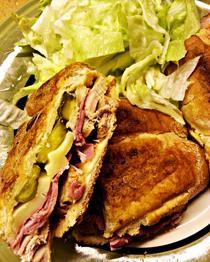 Sandwich cubanez