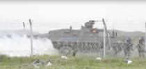 Migranti ce fortau granita la Idomeni, respinsi cu gaze lacrimogene