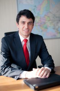 Gabriel Manole