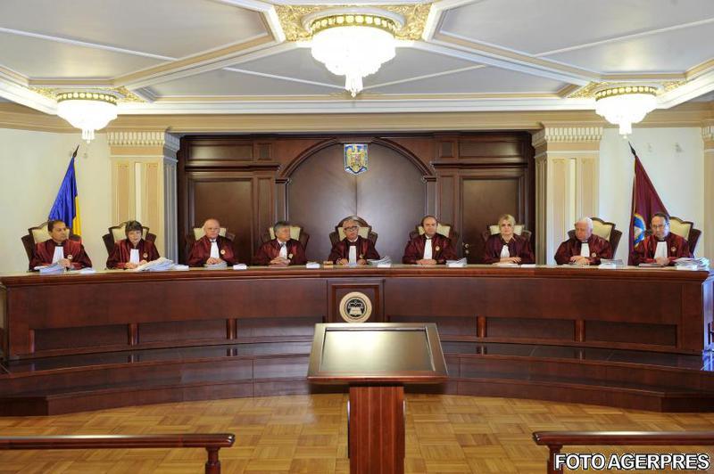 Imagini pentru imagini Curtea constitutionala