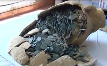 19 amfore pline cu monede, descoperite langa Sevilla