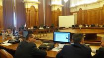 Imagine din timpul discutiilor de marti din Comisia Juridica