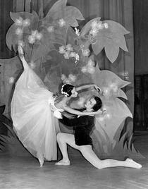 Magdalena Popa si Sergiu Stefanschi in GISELLE de A. Ch. Adam (1962)