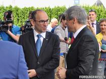 Dacian Ciolos la Mioveni, alaturi de seful Dacia. Yves Caracatzanis