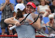 Simona Halep si Monica Niculescu, la turneul de la Montreal