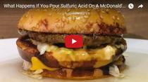 Ce se intampla daca torni acid sulfuric peste un hamburger