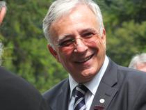 Mugur Isarescu, cel mai longeviv guvernator din lume