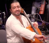 Violoncelistul Adrian Naidin