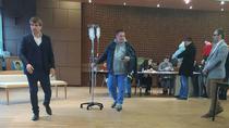 Un moldovean din Paris a mers la vot cu perfuzia in brat