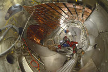 Interiorul reactorului Wendelstein 7-X