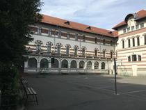 Colegiul Mihai Viteazul