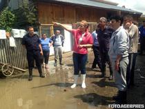 Carmen Daniela Dan la inundatii in Teleorman in 2014
