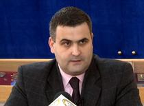 Gabriel Les, ministrul Apararii