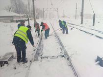 Pe calea ferata se circula in conditii de iarna