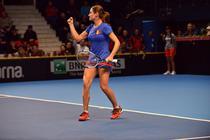 Monica Niculescu si semnul victoriei