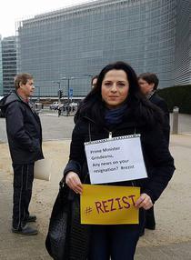 Protestatar anti-Grindeanu la Bruxelles