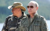Ministrul rus al apararii, Sergei Shoigu, si Vladimir Putin