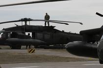 Elicoptere Black Hawk la Mihail Kogalniceanu