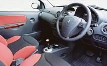 Interior de Citroen C2 (2006)
