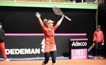 Simona Halep, victorie cu Johanna Konta