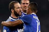 Gonzalo Higuain, dubla pentru Juventus