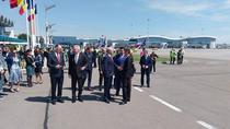 Autoritatile la inaugurarea noului Boeing al Tarom