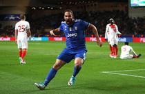 "Gonzalo Higuain, ""dubla"" pentru Juventus"