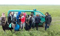 Migranti din Irak si Siria, depistati la frontiera cu Serbia