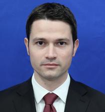 Robert Sighiartau