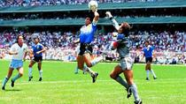 Maradona si mana lui Dumnezeu