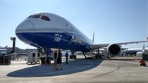 Boeing 787 Dreamliner, o aeronava lung-curier