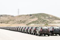 Masini Dacia si Renault in peisajul desertic de langa uzina din Tanger
